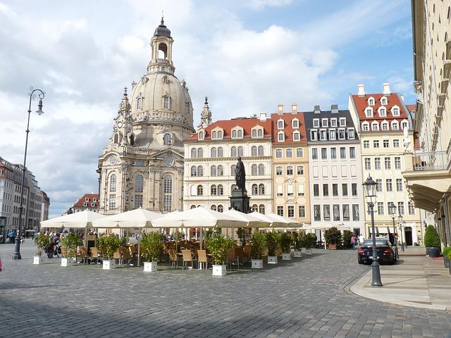 frauenkirche-dresden-54784_640