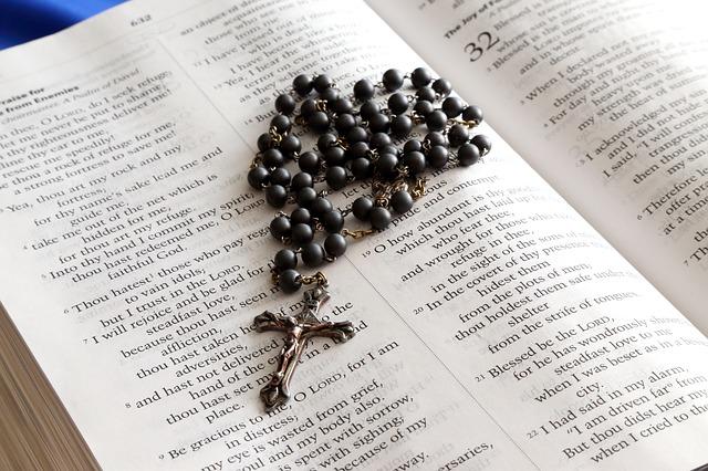 rosary-699609_640